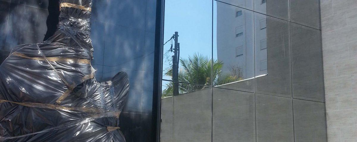 Fachada Glazing / Pele de Vidro da Melody Maker cliente da Cristal Glass